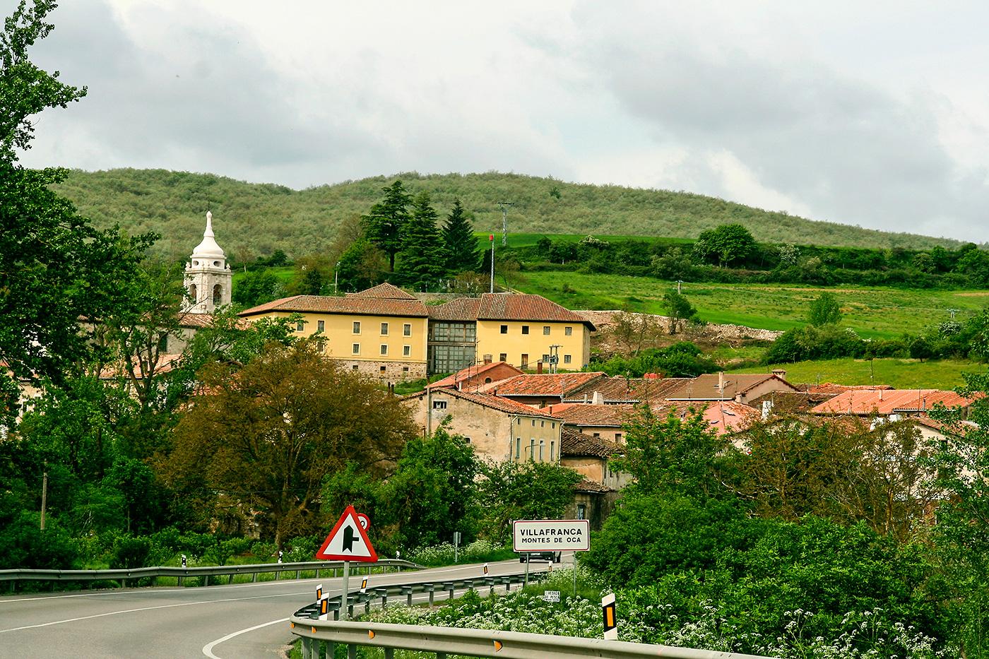 Blick auf Villafranca Montes de Oca