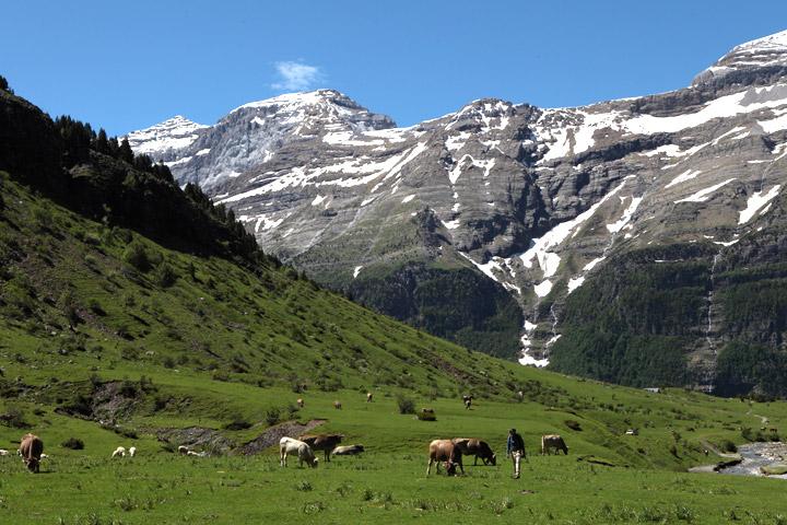 Der Felsenkessel im Pineta-Tal