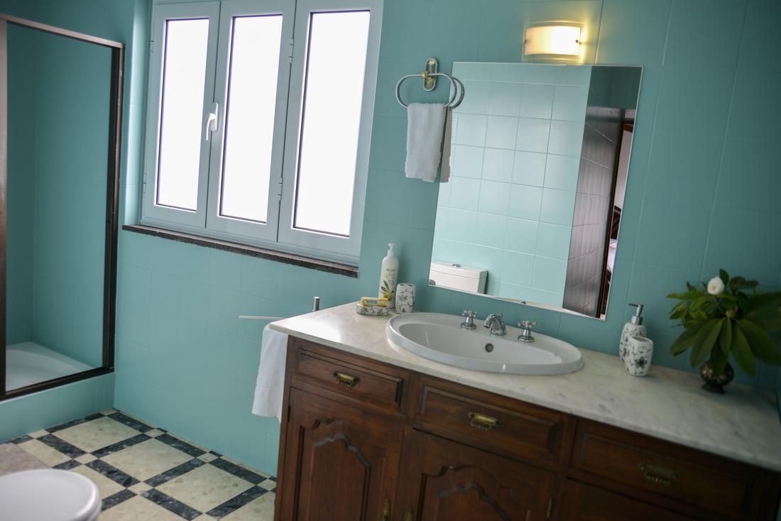 Quinta Minuvida_Suite Camelia Badezimmer