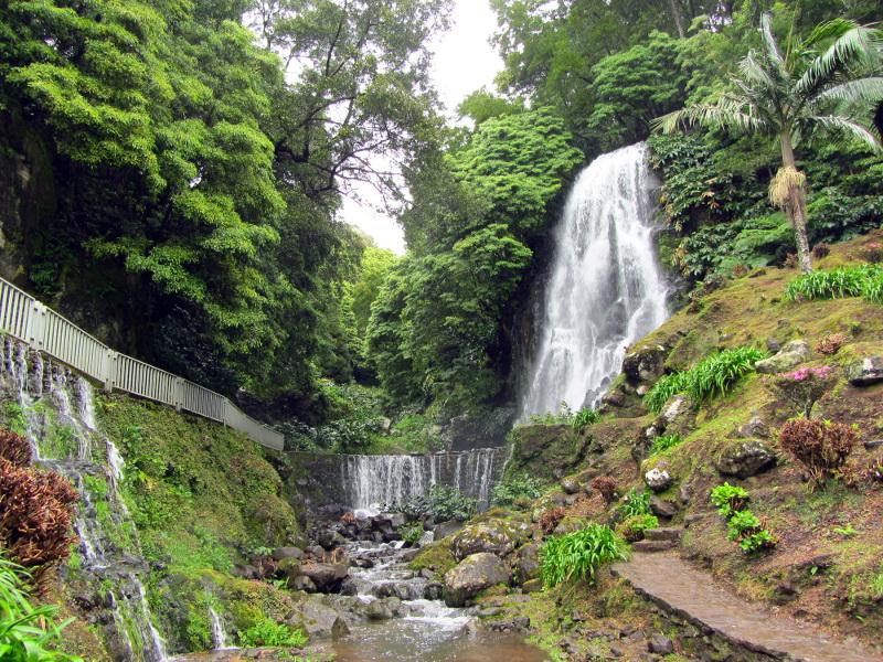 Azores on Travel_Ribeira dos Caldeirões