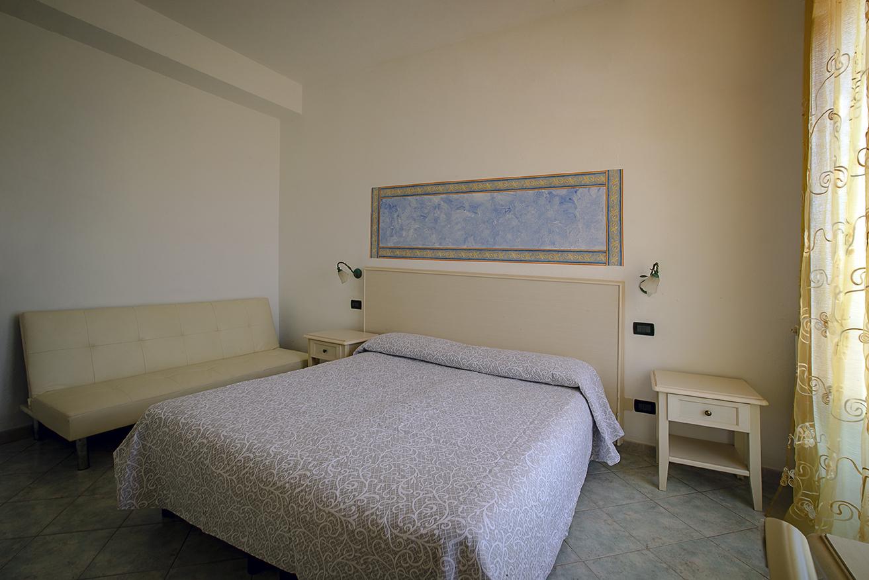 Zimmerbeispiel 2 Hotel Aragonese Ischia