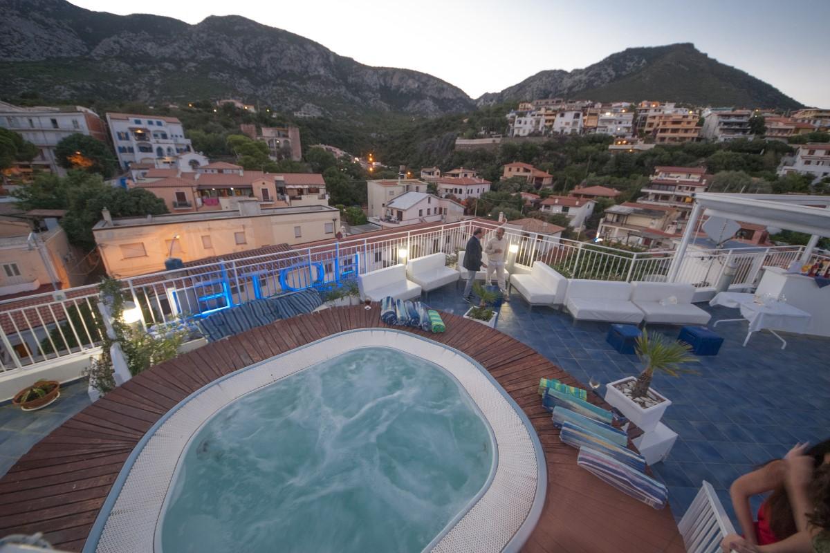 Ausblick vom Hoteldach Hotel Bue Marino