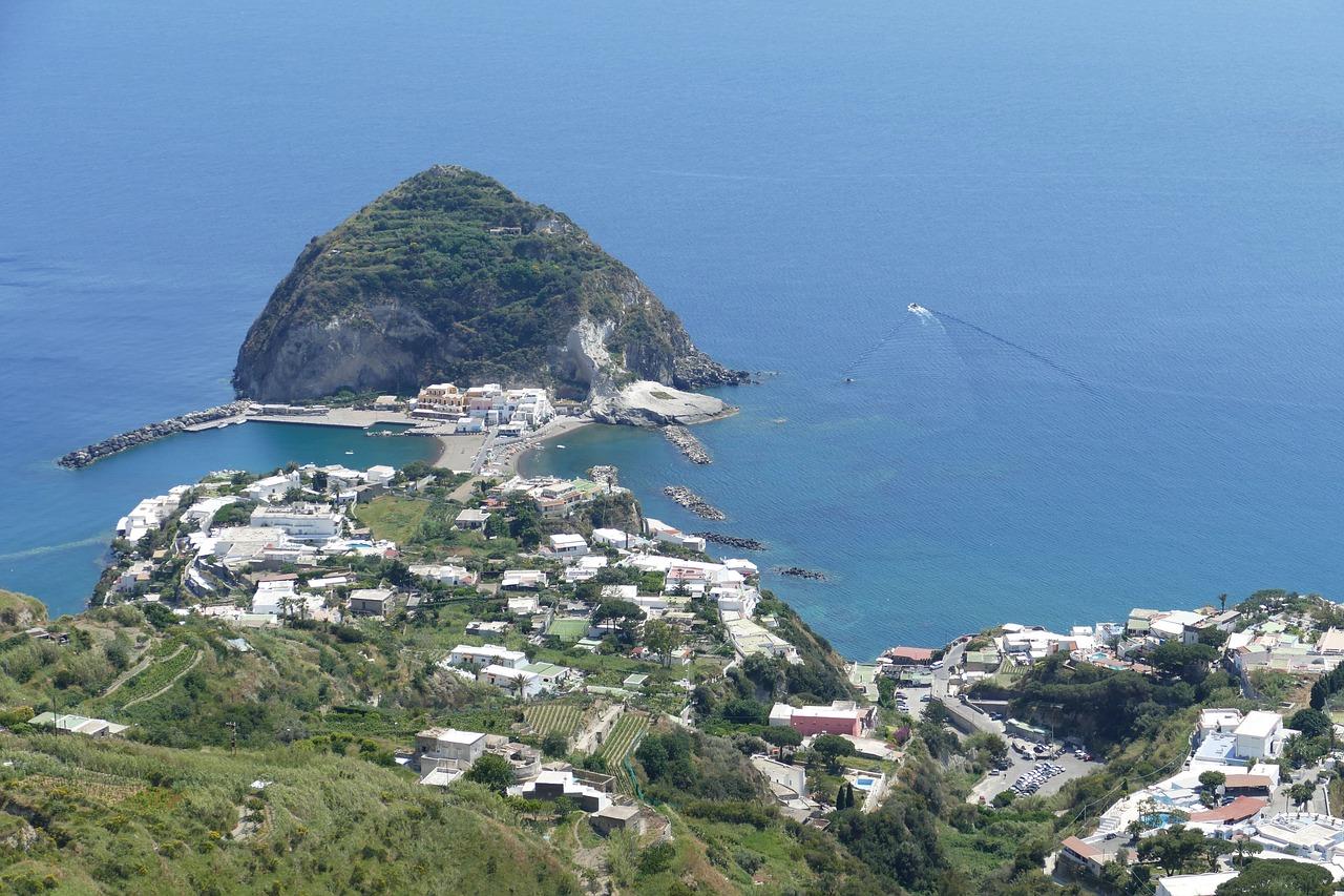 Ischia-grünes Kleinod im Golf von Neapel